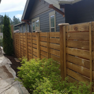 fence painting bend or