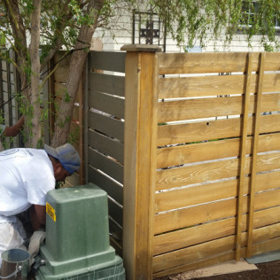 fence staining bend or